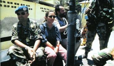 Ilaria e Miran tra i militari italiani